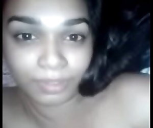 porn Indian Girl moaning loud 69 sec, desi , pussy  fingering