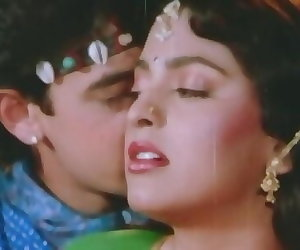 porn Aamir Khan Gives Juhi A Hickey - Tum.., xxx movies